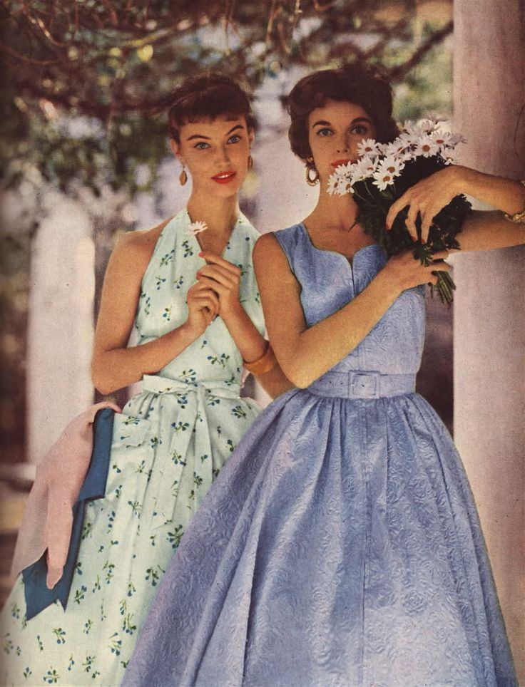 floral day dresses | Good Housekeeping, 1954 #vintage #1950s
