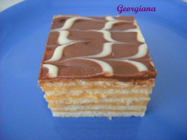 Just cooking!: Prăjitură cu foi și cremă caramel