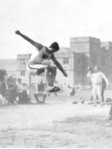 NYTimes article comparing Bob Beamon to all the best LJs in history