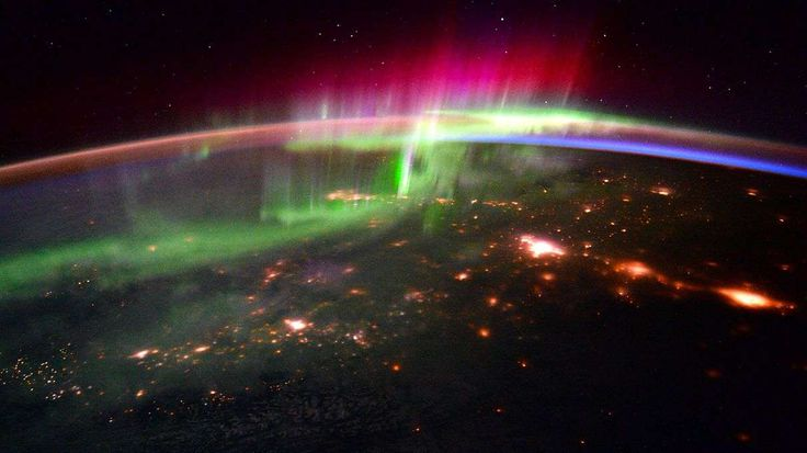 Just because astronauts are in space doesn't mean they can't use Twitter. These images of the Northern Lights were shot by International Space Station crewmembers.