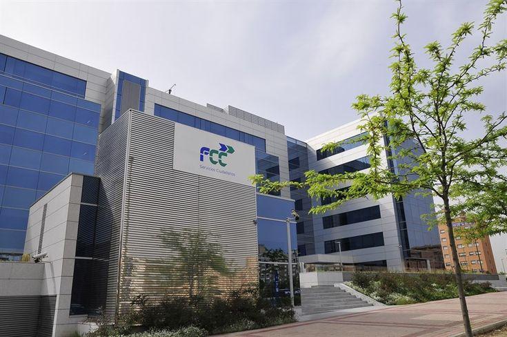 FCC entra de nuevo en números rojos y pierde 179 millones hasta septiembre por su filial cementera