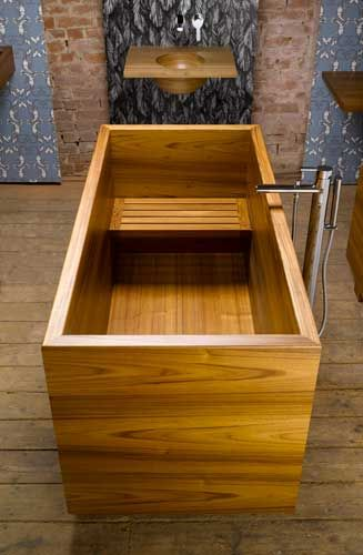 William Garvey Japanese style Ofuro bath in teak, http://stargate2freedom.com/2013/08/22/the-new-world-order-4-life/