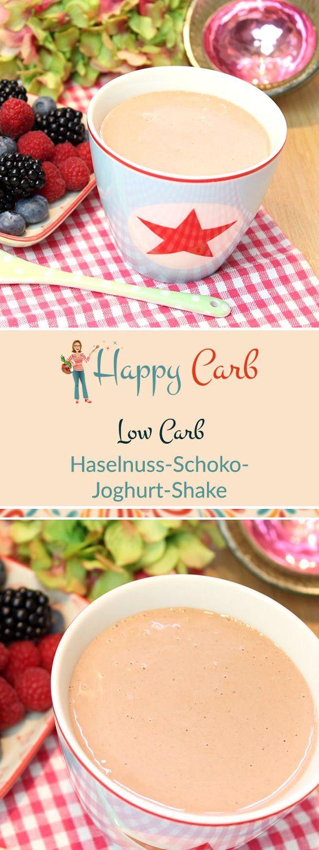Da kommt viel schokoladige Freude in den Becher.  Low Carb Rezepte von Happy Carb. https://happycarb.de/rezepte/fruehstueck/haselnuss-schoko-joghurt-shake/
