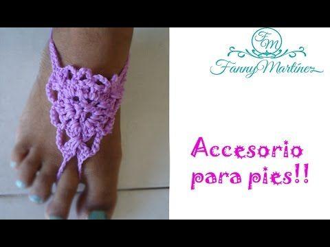 Fanática del crochet ,las manualidades y hace poco de la moda y el maquillaje :) con una pierna fracturada esperando que el tiempo decida si podre caminar bi...
