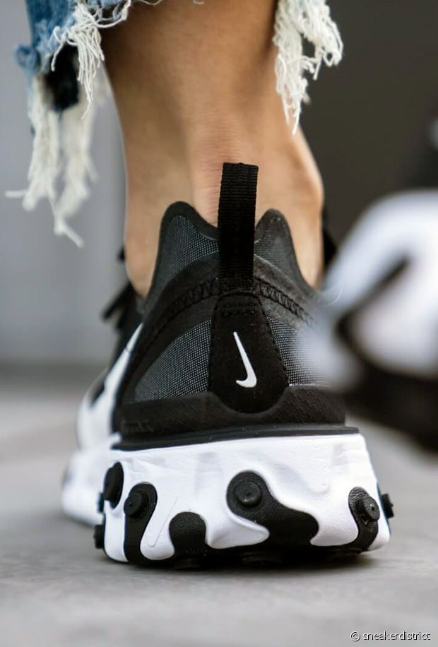 Nike React Element 55 black and white sneakers. | Baskets blanches ...