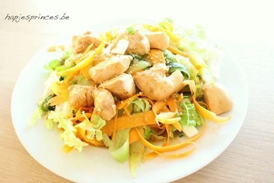 Salade met gemarineerde kip van Jeroen meus uit Dagelijkse Kost. Gezonde salade. Blog over gezond eten.