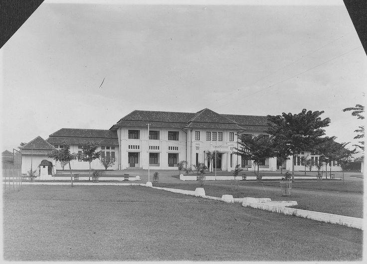 Hoofdgebouw Algemeen Ziekenhuis Bandoeng
