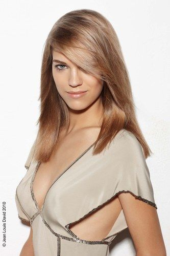 Long Layered Hairstyles For Women : Long hair styles - long light brown hairstyle