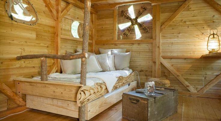 Fantastisches Luxus Baumhaus in Frankreich: 2 Nächte zu zweit in La Chapelle-aux-Naux mit Flussblick ab 320 € - Urlaubsheld | Dein Urlaubsportal