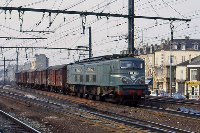 2D2 9103 à Villeneuve Saint-Georges (94)