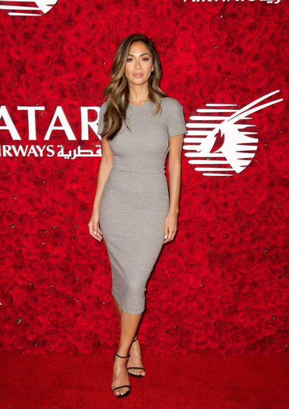nicole-scherzinger-qatar-airways-los-angeles-gala-january-2016-victoria-beckham-1