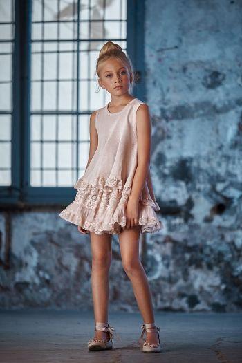 08-sueter-malva-y-falda-plisada-linda