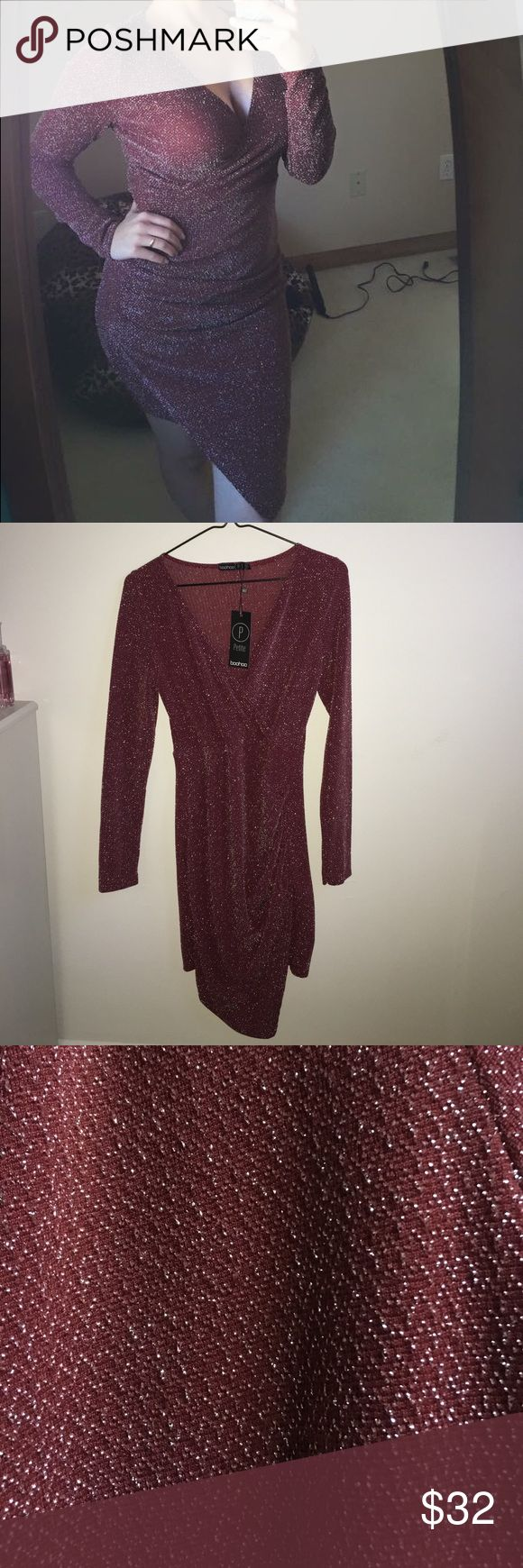 Night Out Dress The perfect night out dress that will have you looking sexy and lets you be comfortable at the same time. Long Sleeve. NEVER WORN. Knee Length. Boohoo Petite Dresses Long Sleeve