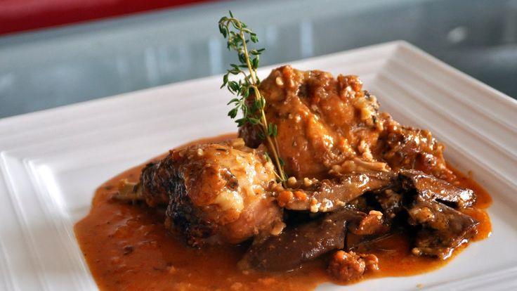 Pollo con setas y almendras - Recetas Mallorquinas
