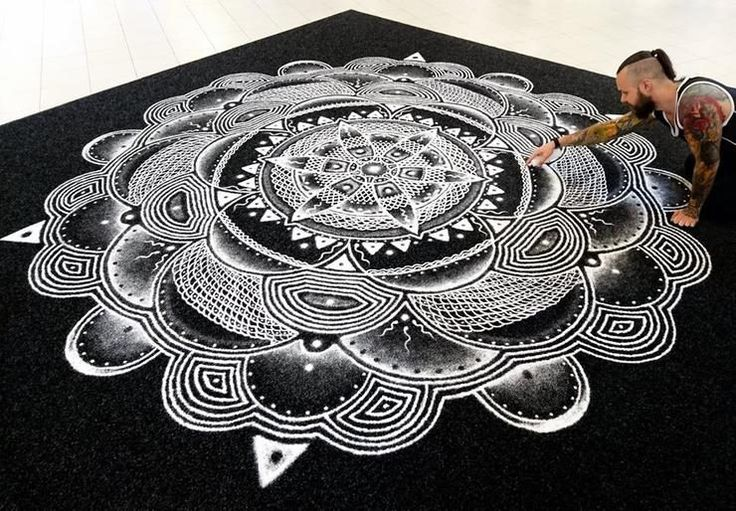 Astounding Immense Portraits And Mandalas Created With Kitchen Salt By Dino Tomic http://designwrld.com/salt-portraits-dino-tomic/