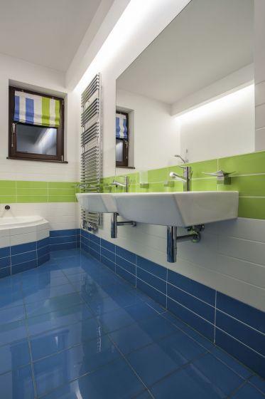 Como decorar el ba o en color azul y verde para m s - Como decorar el bano ...