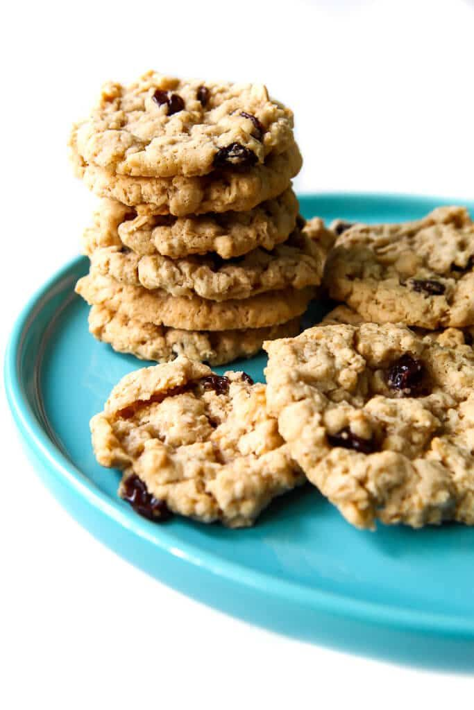 This Is The Best Vegan Oatmeal Cookie Recipe Ever Perfectly Soft And Chewy With The Classic Taste O Vegan Cookies Recipes Vegan Oatmeal Cookies Vegan Cookies