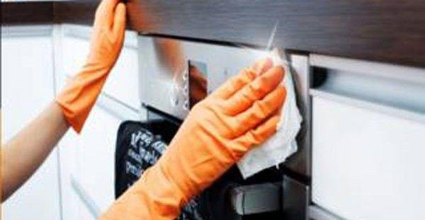 Εσείς κοιμάστε και ο φούρνος σας καθαρίζεται! Ένα μοναδικό κόλπο που εξαφανίζει καμένα λίπη, χωρίς να κάνετε σχεδόν τίποτα