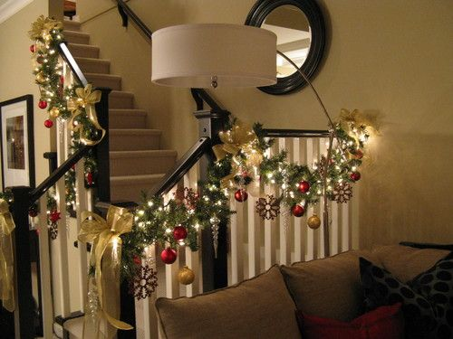 christmas garland ideas staircase   Christmastime Decorations