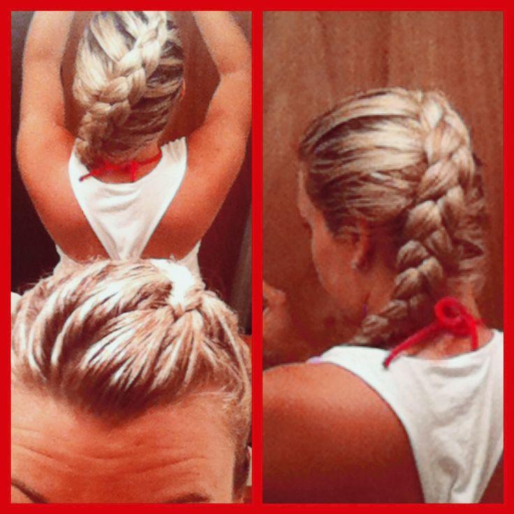 Blond hair - Reverse french braid