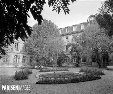 Paris Vème arr., 45, rue d'Ulm. L'Ecole normale supérieure (Guy de Gisors, 1796-1866, architecte).