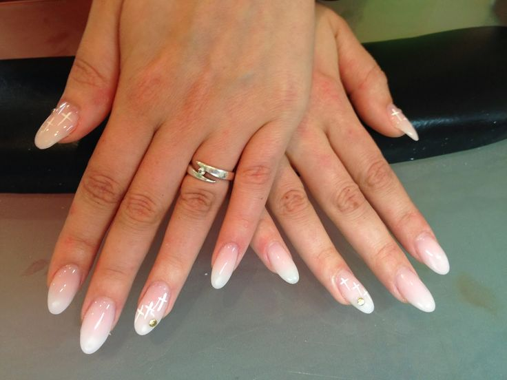 White ombre oval nails