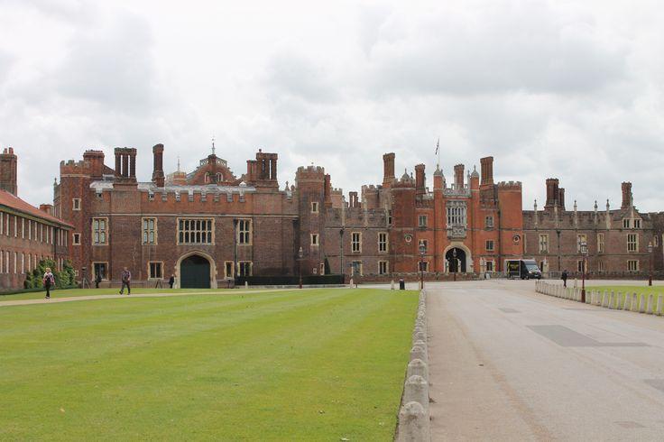 Hempton Court Palace