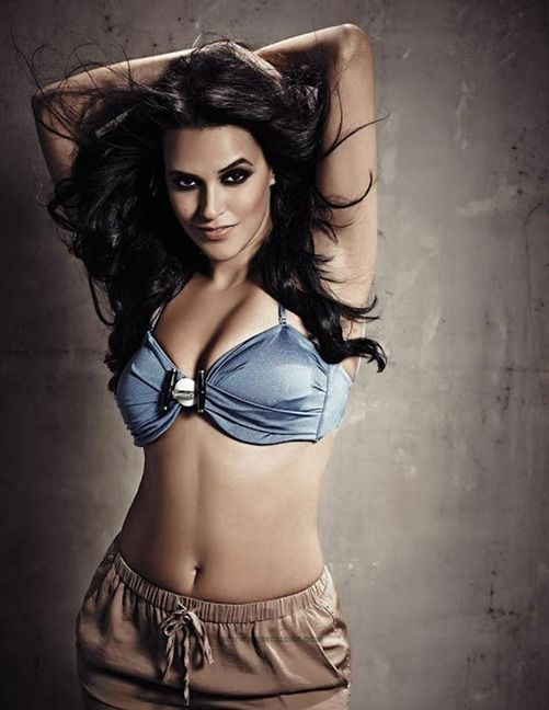 The sexy and hot bollywood cute masala side actress very rare and most seducing steamy erotic pics collection in which she is showing her mi...
