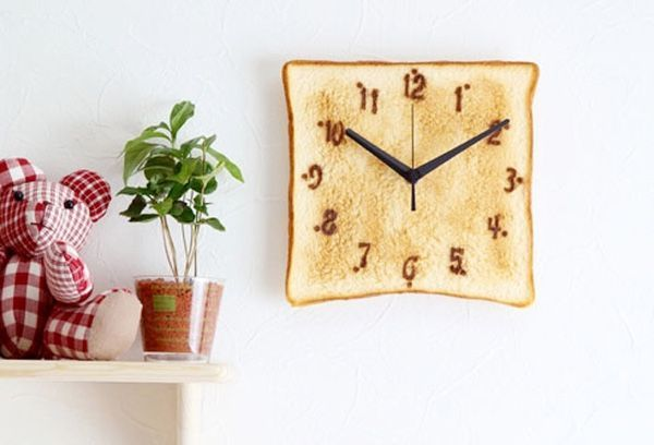 40 Beautiful Kitchen Clocks That Make The Kitchen Where The Heart Is http://www.home-designing.com/unique-cool-kitchen-wall-and-counter-clocks-for-sale?utm_campaign=crowdfire&utm_content=crowdfire&utm_medium=social&utm_source=pinterest #momzntotzzone #kitchenclock #parenting101 #toddlermom #parenting #toddleractivities #famillife #kitchen #parenthood #happyfamily #motherhood #parentingclasses #kitchendecoration
