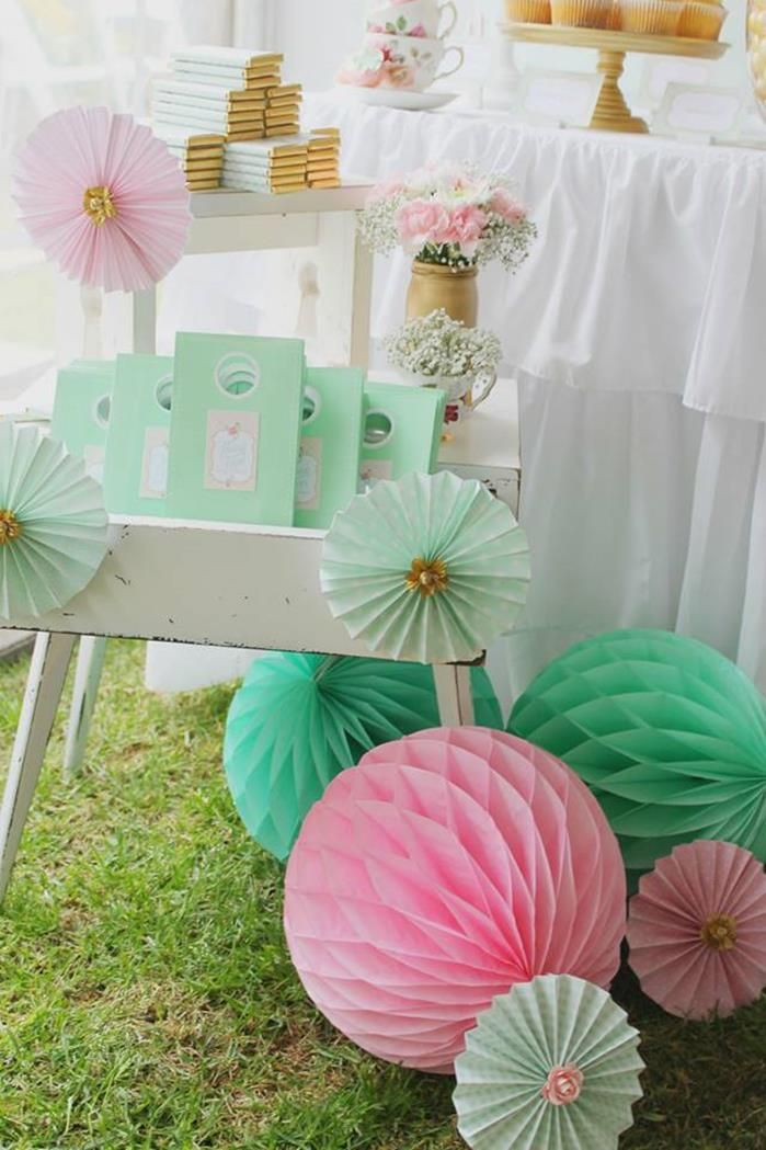 Such a charming PARTY FAVOR display at a Mint, Pink, and Gold Tea Party with So Many Really Cute Ideas via Kara's Party blog