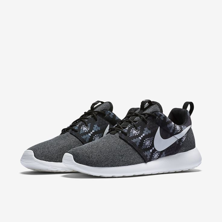 Nike Roshe One Print Men's Shoe. Nike Store