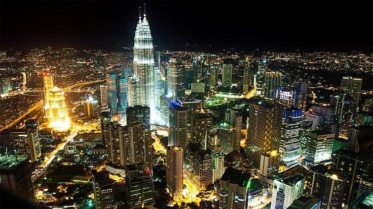 Ночной Kuala-Lumpur(KL)-Life Gorizont(KL Tower)