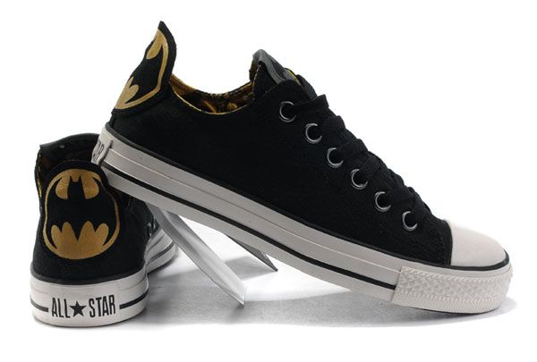 Classic Black Converse Batman Chuck Taylor DC Comics Low Top ...