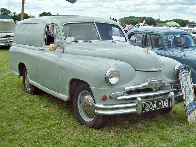 1955 Standard Vanguard Van Phase II 2088cc 4-Cylinder OHV Engine (Photo by R.Knight)