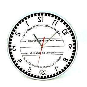 No te lo vas a creer, pero este reloj va al revés y los números están al revés. Es un Reloj Reverse o Levógiro. Si te fijas bien ahora marca la una menos ocho minutos. ¡Alucina! http://www.revolutum.com/comprar-regalo-original/relojes-originales/el-tiempo-al-reves/reloj-reverse-o-marcha-atras-carpe-diem-30-cm-#.V5tDyLiLS00