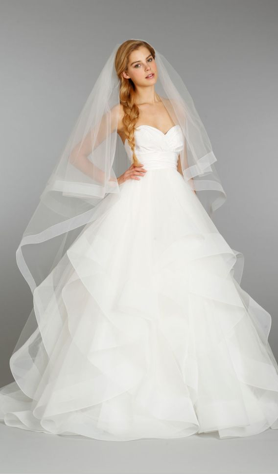 so, with this style I dig a veil... I suppose it depends on if I'm leaning towards more lace or sheer fabric...
