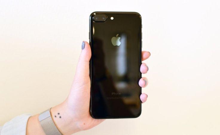 Başta iPhone fiyatları olmak üzere tüm Apple ürünlerinin fiyatları arttı. İşte yeni iPhone fiyatları ve diğer zamlanan Apple ürünleri!