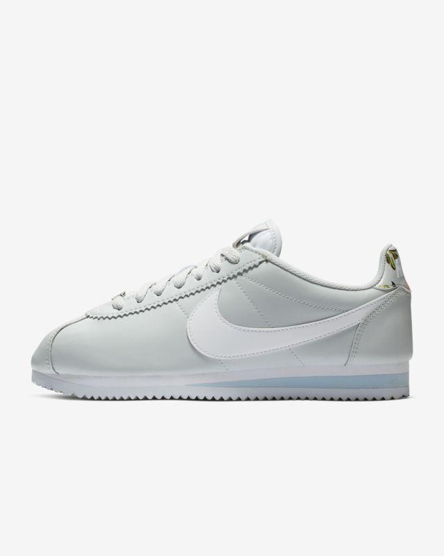 the best attitude 2613c c65e8 Nike Classic Cortez Floral Women s Shoe