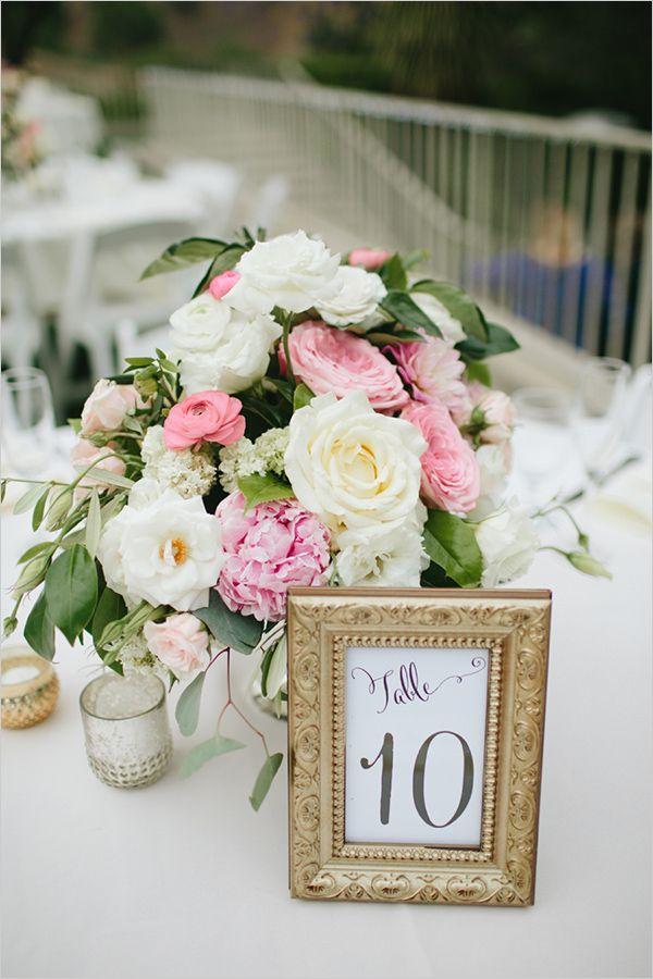framed table numbers @weddingchicks