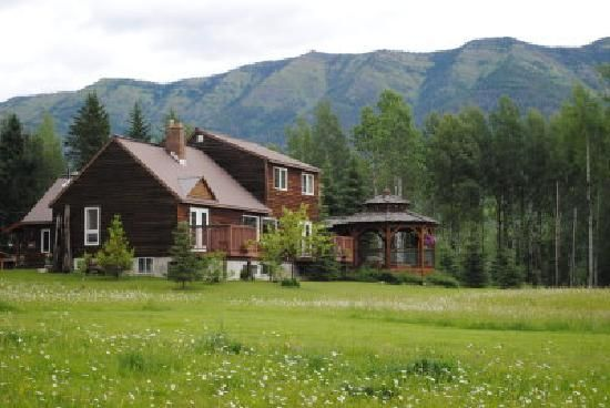 Birch Meadows Lodge B&B - Fernie BC