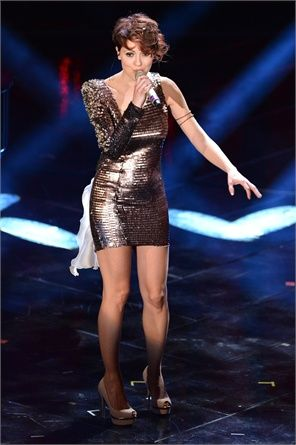 Sanremo le cantanti peggio vestite del festival festival di sanremo - Franca raimondi aprite le finestre testo ...
