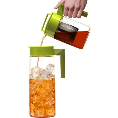 Create great tasting fresh brewed iced tea in minutes with the Flash Chill Iced Tea Maker from Takeya.