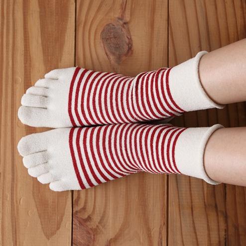 I love toe socks.  I really do.