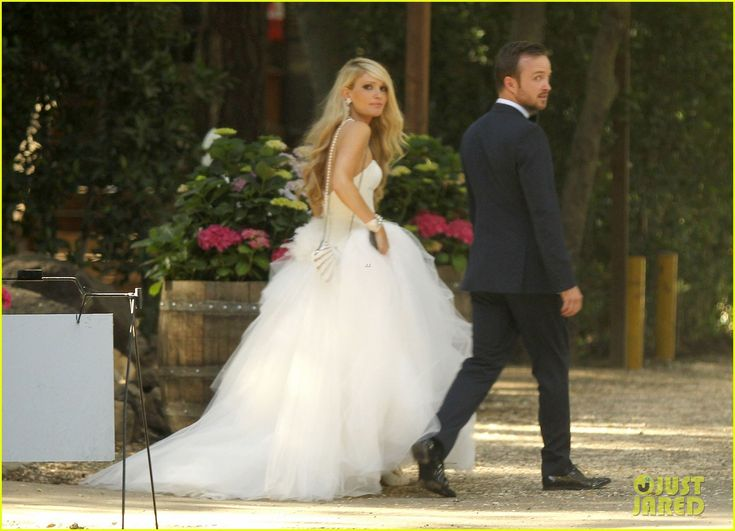 Aaron Paul & Lauren Parsekian: Wedding Photos! | aaron paul lauren parkesian wedding photos 05 - Photo
