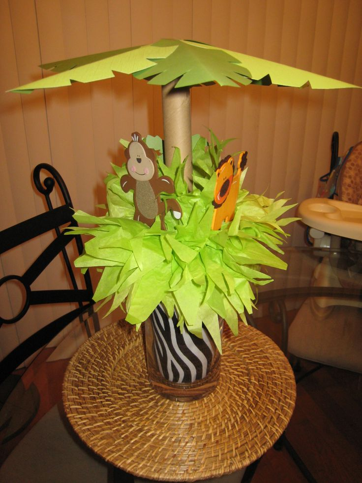 Jungle baby shower centerpiece