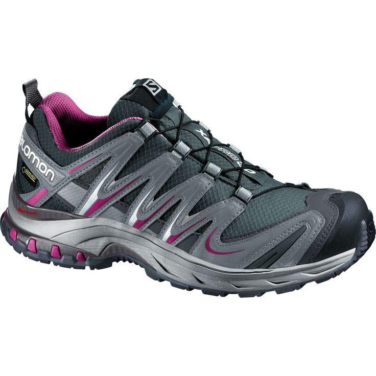 Oubliez ces chaussures... en les portant! Les pieds confortablement entourés, bien stabilisés et protégés des intempéries, vous aurez toute la liberté de vous consacrer à vous maintenir en forme. Il s'agit de la plus récente génération de ce modèle de chaussures durables, éprouvées en sentier. Elles sont conçues pour bien s'ajuster et possèdent une structure basse qui contribue à votre stabilité lorsque le sol est inégal.