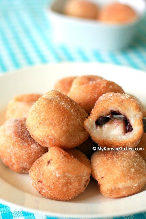 Korean donut recipe - Chapssal donuts (Glutinuous rice ball doughnuts) with red bean paste stuffing