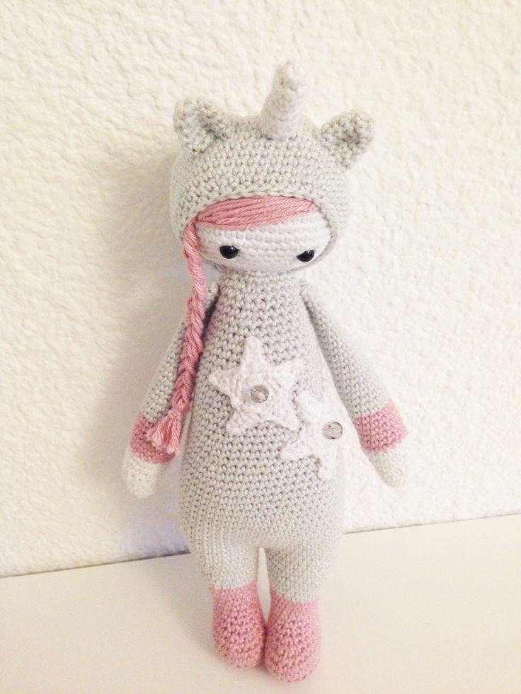 Une poupée Lalylala mais façon licorne. Pattern de base par Lalylala.