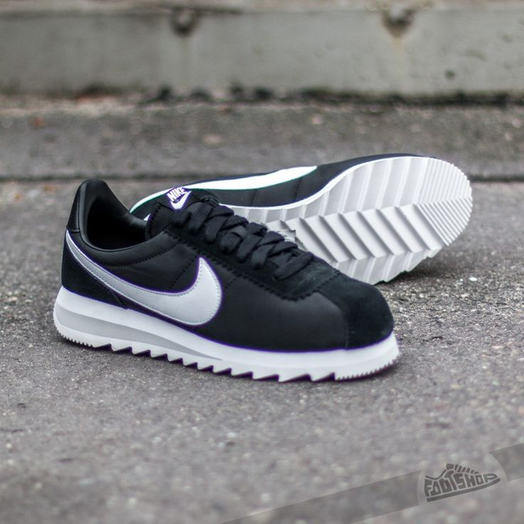 Nike Wmns Classic Cortez Epic Black/ White- Neutral Grey