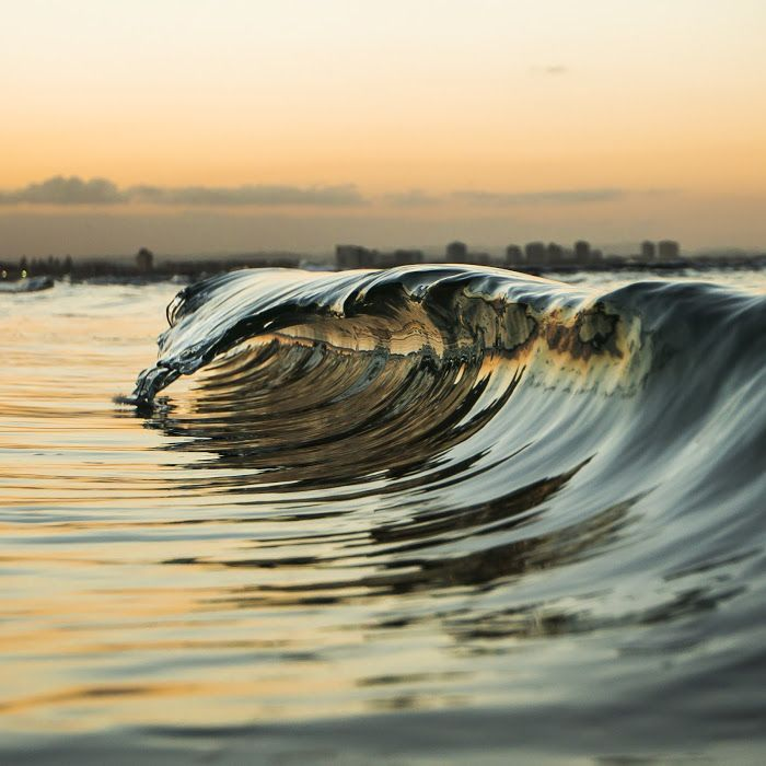 Another mini wave from my mini wave series. I really enjoy taking these photos…